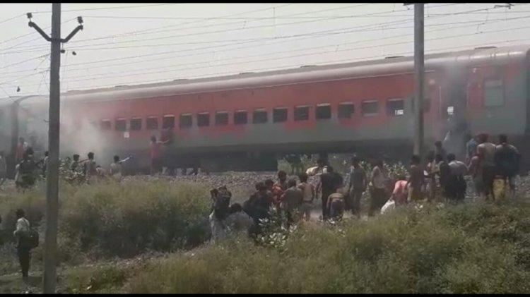 बख्तियारपुर में श्रमिक सपेशल ट्रेन के ब्रेक बाइंडिंग में लगी आग, अफरातफरी।