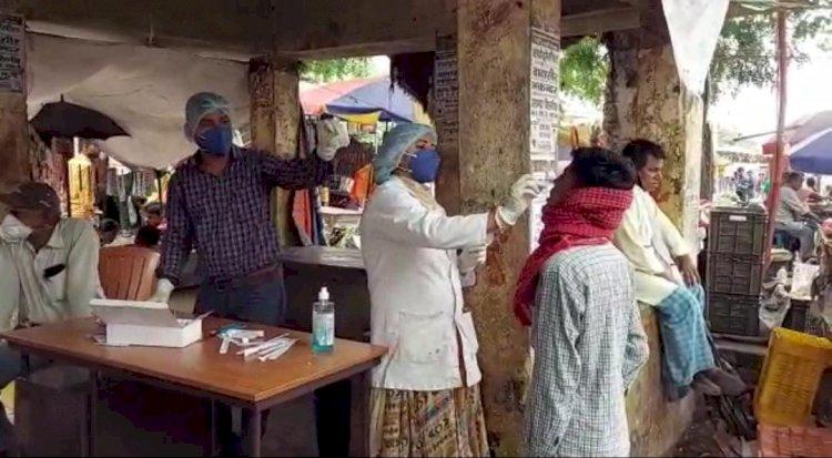 शेखपूरा के शिक्षक टीकाकरण को लेकर फैला रहे है मौत की अफवाह, जबाब तलब।