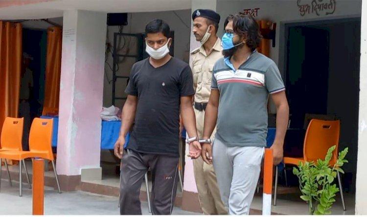 महेंदीया पुलिस के द्वारा जहरीली बियर बरामद, मैनेजर भी गिरफ्तार